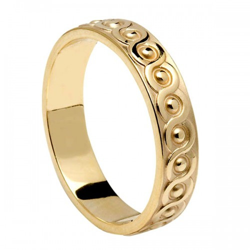 gold celtic knot wedding band