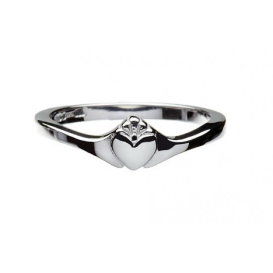 Gold Contemporary Claddagh Ring