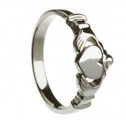 Silver Contemporary Flat Claddagh Ring
