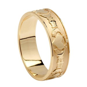 Gold Claddagh Friendship Ring